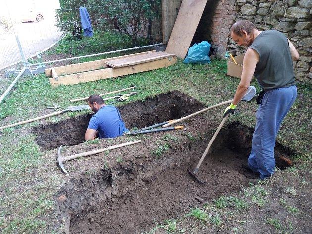 Unikátní exhumace v Kutné Hoře: Václav Dajbych splnil přes sto let staré přání.