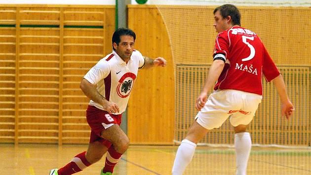 Benago Zruč nad Sázavou - Kajot Helas Brno 3:5 (0:0). 30.10.2010