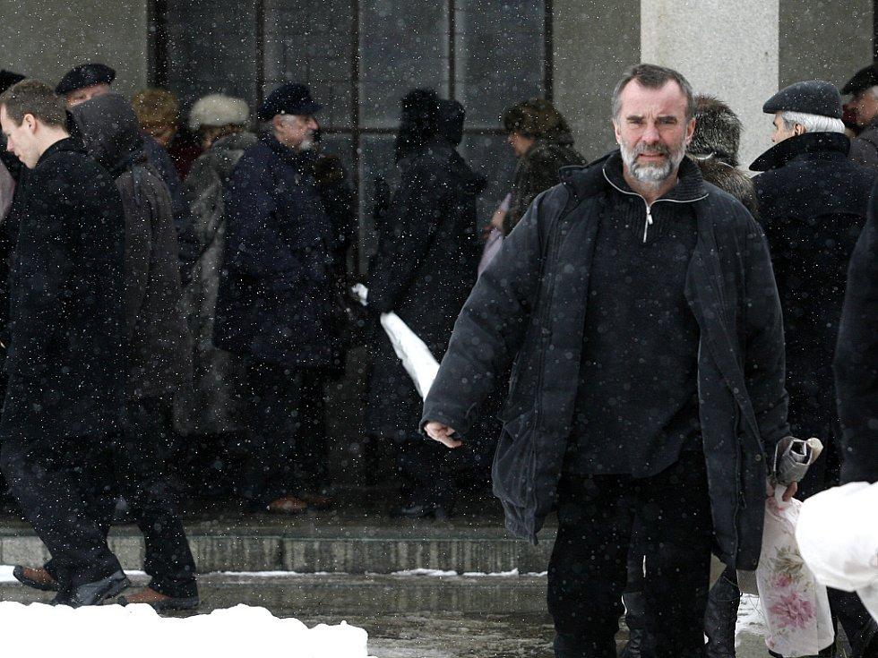 Z posledního rozloučení s kutnohorským rodákem a kameramanem Iljou Bojanovským.