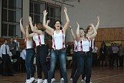 Na programu byla i taneční vystoupení.