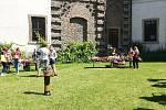 Africké trhy u kláštera sv. Voršily v Kutné Hoře.