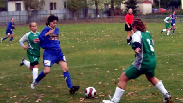 Z utkání III. ligy žen U. Janovice - St. Čivice 4:4