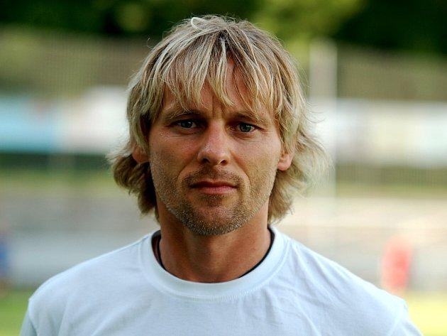 Trenér Čáslavi B Miroslav Paták.