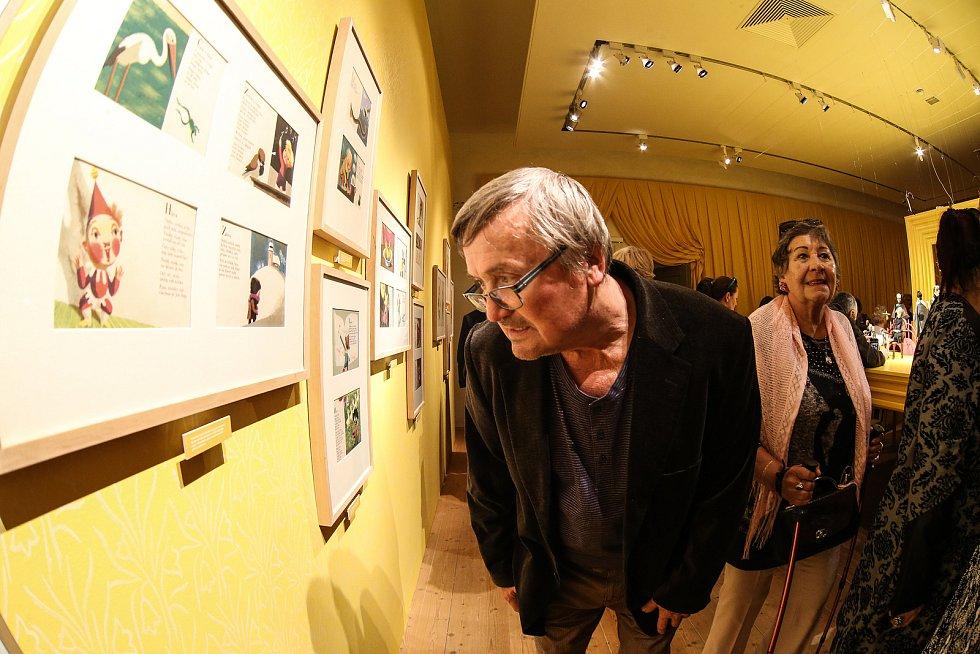 """Projekt  nazvaný """"Jiří Trnka - V zahradách imaginace"""", začal v kutnohorské Galerii Středočeského kraje v sobotu 26. října.i s redakčním objektivem."""