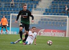 Fotbalista Štěpán Kacafírek hrál v sezoně 2016/17 první ligu v Příbrami.