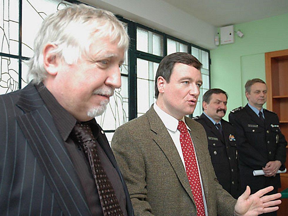 Ilustrační foto: Z tiskové konference na Krajském úřadě v Praze. Zdeněk Seidl (vlevo)