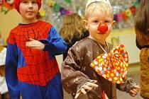 Karneval se konal ve čtvrtek v Mateřské škole v Záboří nad Labem.