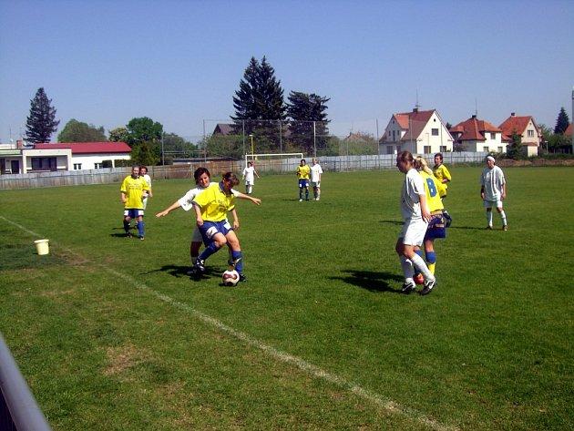 Z utkání U. Janovice - D. Králové n. L. 0:2, 3. května 2009