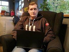Trenér HC Čáslav Tomáš Topol odpovídá online čtenářům Kutnohorského deníku.