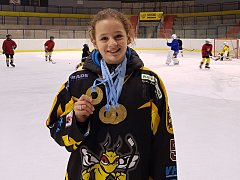 Hokejista Natálie Brichová z Kutné Hory získala na zimní Olympiádě dětí a mládeže 2018 čtyři zlaté medaile z rychlobruslení.