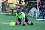 Fotbalový okresní přebor mladších žáků: SK Malešov - FK Čáslav dívky 2:7 (0:3).