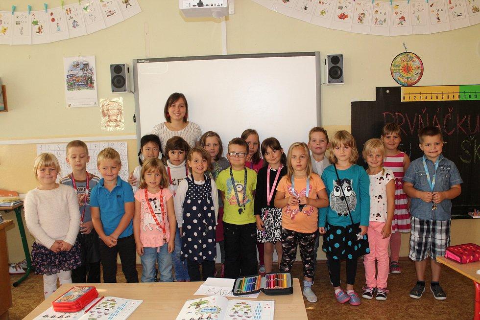 Na fotografii jsou žáci ze ZŠ Jana Palacha v Kutné Hoře, třída 1. A. paní učitelky Evy Sosnovcové.