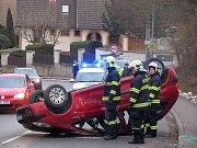 Dopravní nehoda mezi Kaňkem a Kutnou Horou.
