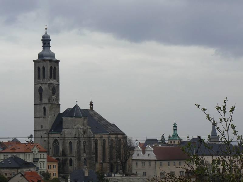 Kutná Hora, pohled na kostel svatého Jakuba Staršího.