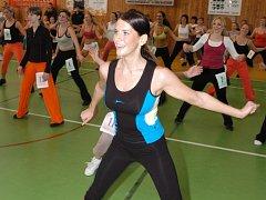Miss aerobik 2007 Monika Horáková při cvičení.