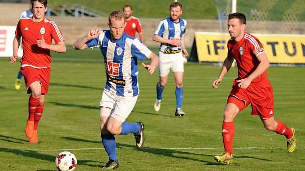 Fotbalisté Čáslavi vyhráli zápas 19. kola Fortuna Divize C doma proti Trutnovu 5:1.