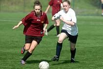 12. kolo III. ligy žen: Kutná Hora - Poděbrady 5:1, 17. dubna 2011.