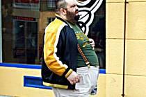 Obézní lidé mají kromě zdravotních potíží i problémy sociální a psychické.