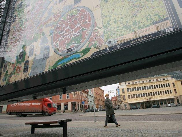 Informační plán by podle Miroslava Uhlíře mohl světelně vyznačovat i zajímavou cestu k památkovým objektům.
