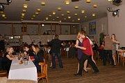Hasiči tančili v Ratajích