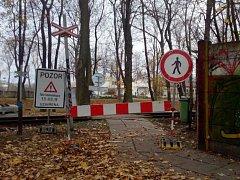 Vlaky z Kutné Hory do Zbraslavic nejezdí, uzavřené jsou i některé silnice.
