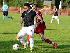 První kolo okresního fotbalového přeboru vyhrál Malešov nad Malínem 1:0.