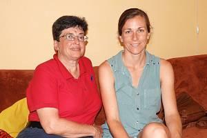 Anita Moravec Gard a dcera Alicia Frances Carter v Chotusicích.