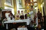 Setkání rodáků a přátel v Červených Janovicích u příležitosti 100. výročí vysvěcení kostela sv. Martina - slavnostní mše.