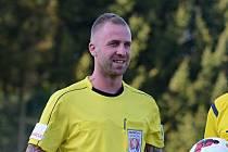 Fotbalový rozhodčí Matěj Blatný z Kutnohorska se stal od ledna divizním sudím.