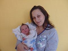 Viliam Červeňák se narodil 19. ledna vČáslavi. Vážil 3050 gramů a měřil 48 centimetrů. Doma v Ovčárech ho přivítali maminka Angelika a tatínek Viliam.