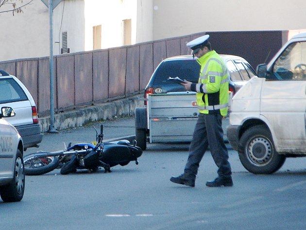 Kutná Hora - Nehoda v ulici Štefánikova 14. únor 2014