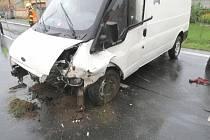 Dopravní nehoda na silnici I/2 v Miskovicích.