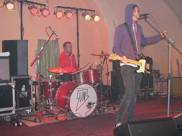 Skupina Sunshine zahrála v klubu Na Statku poprvé.