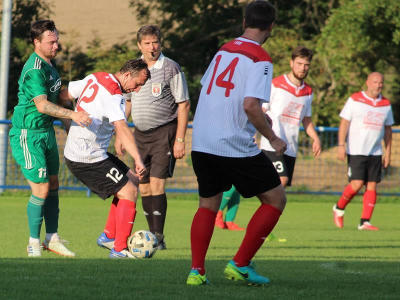Fotbalová IV. třída, skupina B: TJ Sokol Družba Suchdol B - SK Zbraslavice B 11:0 (7:0).