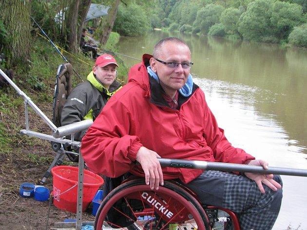 Mistrovství ČR handicapovaných rybářů v plavané: Kácov 30. - 31. květen 2014