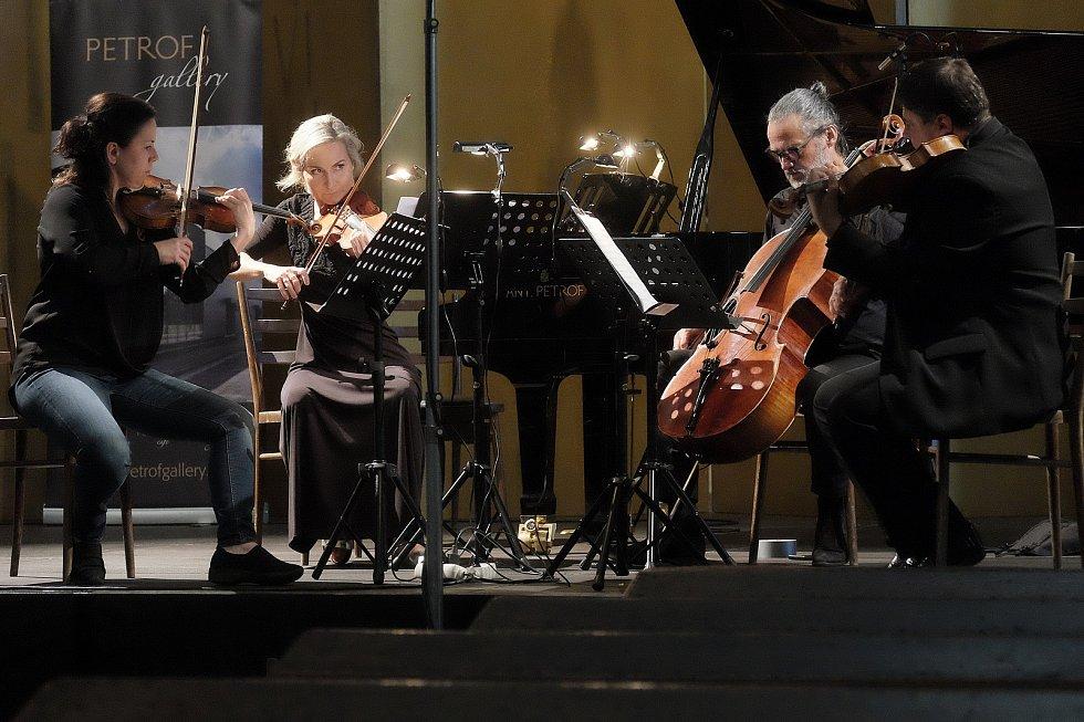 Mezinárodní hudební festival Kutná Hora: Helena Jiříkovská (zleva), Martina Bačová, Jiří Bárta, Karel Untermüller.
