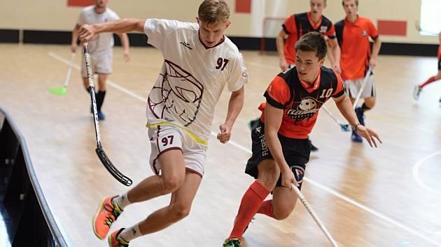 Finále přípravného florbalového turnaje v Kutné Hoře. Domácí FBC vyzvalo Chomutov.