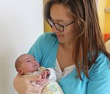 Maxmilián Kuna se narodil 14.září 2017 v Čáslavi. Po porodu vážil 3940 gramů a měřil 54 centimetrů. V Kutné Hoře jej přivítá tatínek Jan a maminka Veronika.