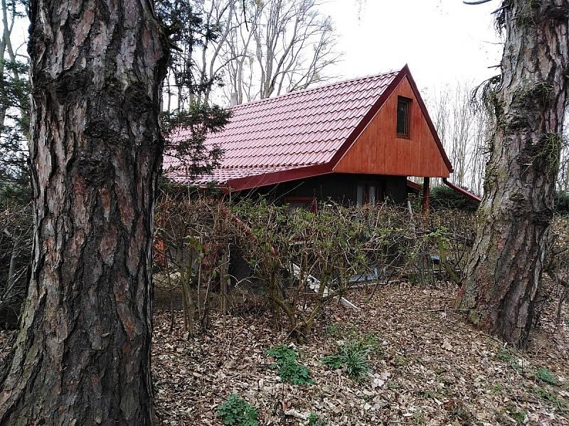 O chaty, téměř kdekoli, je obrovský zájem.