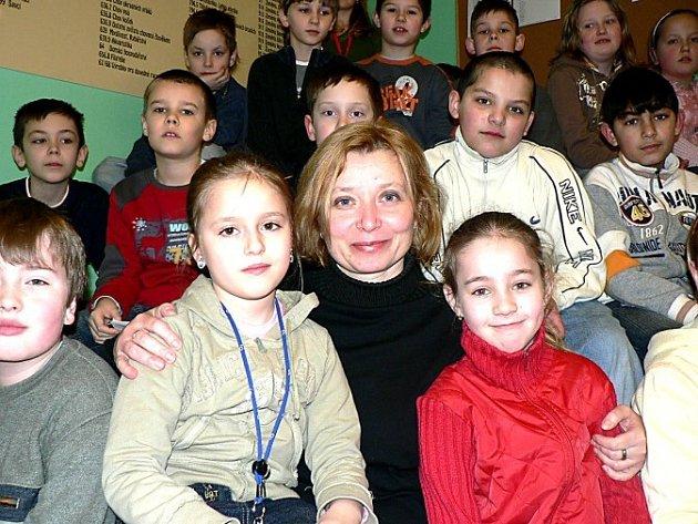 Žáci ze Základní školy Kamenná stezka si se spisovatelkou rozuměli.
