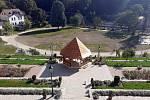 V parku pod Vlašským dvorem v Kutné Hoře.