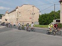 Zaměstnanci kutnohorské pobočky společnosti Foxconn vyrazili společně na kolech do práce.