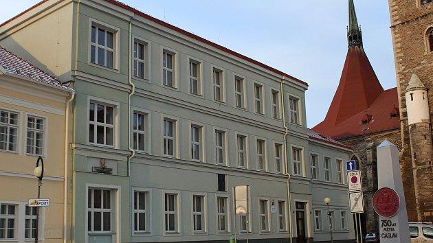 Základní škola Náměstí v Čáslavi.