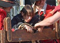 Náměstí Čáslavi odpoledne přihlíželo mučení a popravě kaplana - 14.června 2014