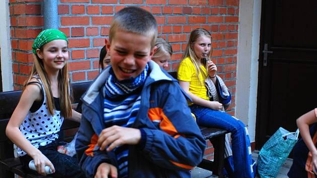 Kutnohorskou knihovnu navštívily děti ze základní a mateřské školy v Křeseticích.