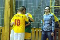 Odvety čtvrtfinále Club Deportivo futsalové ligy, 1. dubna 2010.