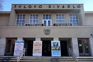 Budova Městského Tylova divadla v Kutné Hoře.