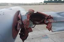 Závažné poškození křídla L-159