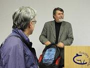 V Čáslavi přednášel profesor Petr Čornej.