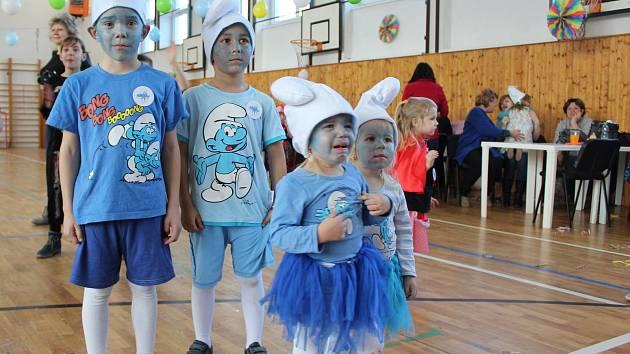 Dětský karneval uspořádal TJ Sokol Žehušice.